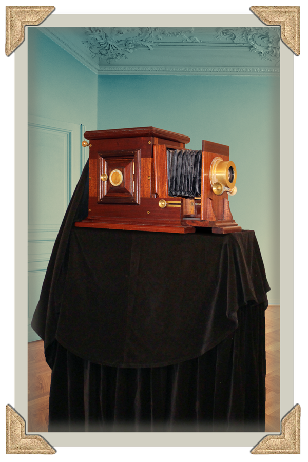 Vintage Photo Booth Hire Prices - Vintage Photo Booth Camera